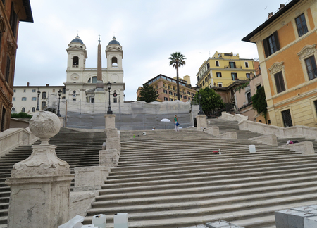 spagna: Rome, Italy 17 June 2016. Piazza di Spagna steps closed for restoration. Piazza di Spagna square is open to the public but the Spanish Steps can only be seen from a distance.