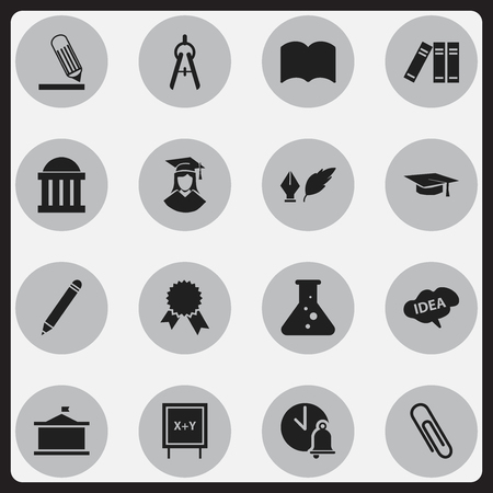 Set Of 16 Editable Graduation Icons. Includes Symbols Such As Mind, Univercity, Graduated Female And More. Can Be Used For Web, Mobile, UI And Infographic Design. Ilustração