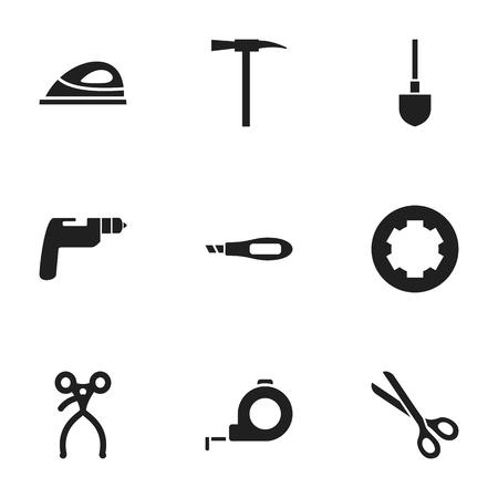 9 편집 가능한 도구 아이콘의 집합입니다. 나사 머리, 곡괭이, 스페이드 등의 기호가 포함되어 있습니다.