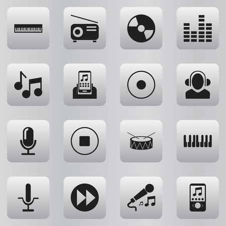 disk break: Set Of 16 Editable Media Icons. Includes Symbols Such As Break Music, Disc, Dj And More Illustration