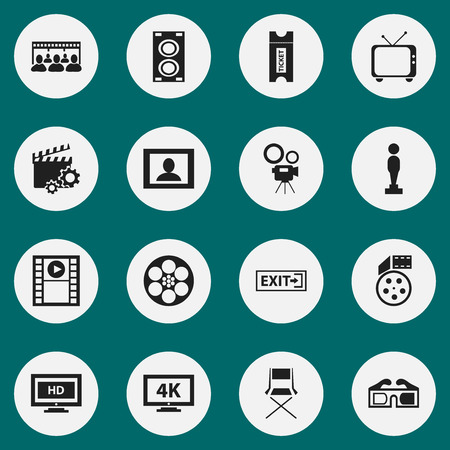 Set Of 16 Editable Movie Icons. Includes Symbols Such As Oscar, Audience, Movie Camera And More. Can Be Used For Web, Mobile, UI And Infographic Design. Ilustracje wektorowe