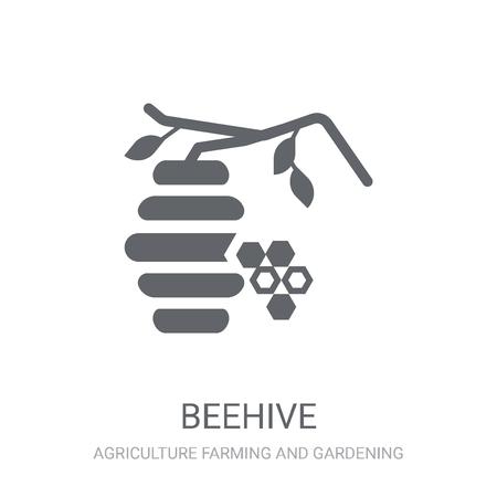 Icône de la ruche. Concept de logo Beehive branché sur fond blanc de la collection Agriculture Farming and Gardening. Convient pour une utilisation sur des applications Web, des applications mobiles et des supports imprimés. Logo