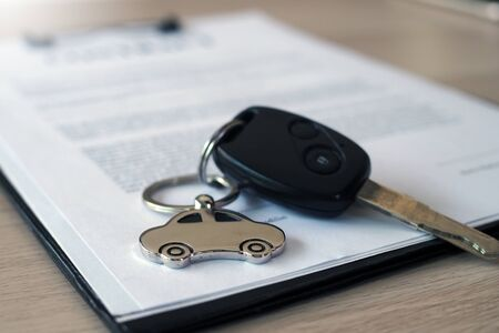 Contract documents for bringing a car to make a mortgage contract to guarantee a loan. Stock fotó - 137890424