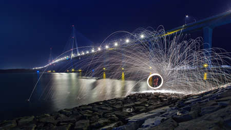 steel wool: light painting in the night