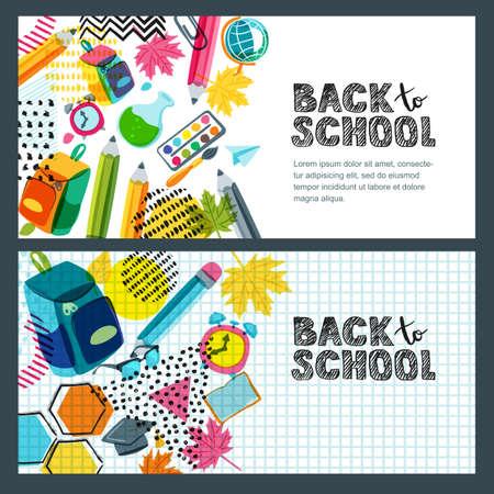 Ensemble de vecteur vers la bannière de vente école, fond de l'affiche. Lettres de croquis dessinés à la main, crayons multicolores et autres fournitures scolaires sur une feuille de cahier. Mise en page pour les étiquettes de réduction, les circulaires et les achats Banque d'images - 83247212