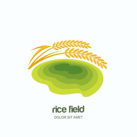 Vectorembleem, etiket, embleem met het groene gebied van het rijstterras. Landbouwbedrijflandschap en gele rijstkorrels, geïsoleerde illustratie. Concept voor Aziatische landbouw, biologische graanproducten. Stock Illustratie