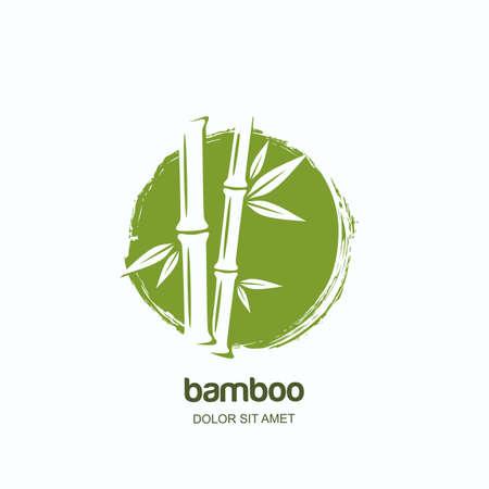 Vector il logo, l'etichetta o l'emblema con la pianta di bambù verde disegnata a mano dell'acquerello. Concetto per spa e salone di bellezza, massaggio asiatico, pacchetto cosmetici, materiali per arredamento.