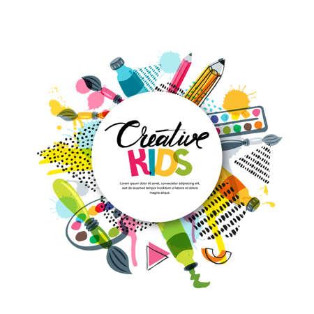 Kids art artisanat, éducation, concept de classe de créativité. Bannière de vecteur, affiche avec fond de papier blanc, lettres dessinées à la main, crayon, pinceau, peinture et splash aquarelle. Illustration de Doodle Vecteurs