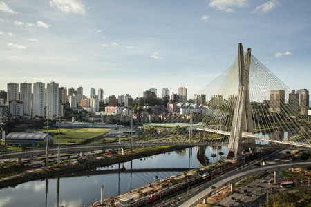 Sunset over Octavio Frias Oliveira Bridge - Sao Paulo - Brazil Standard-Bild