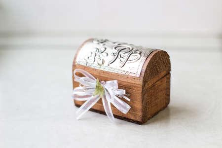Mini souvenir trunk