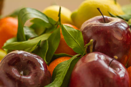 Apples and citrus fruit for a healthy diet