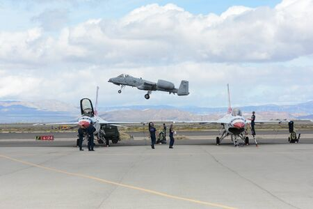 Lancaster, USA - March 25, 2017: A-10 Thunderbolt II on display during Los Angeles County Air Show at the William J Fox Airfield. 新聞圖片