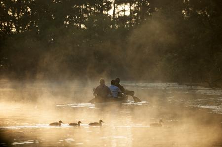 Schwentine 川でカヌー 写真素材 - 84937955
