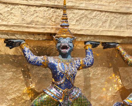bangkok temple: Statue at Bangkok temple