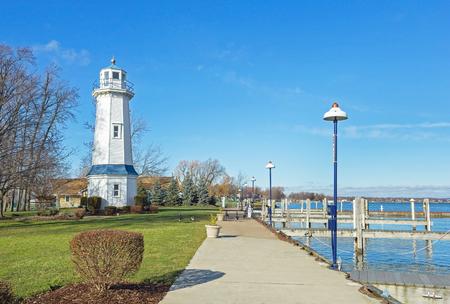 ナイアガラ川のフロント レンジの灯台