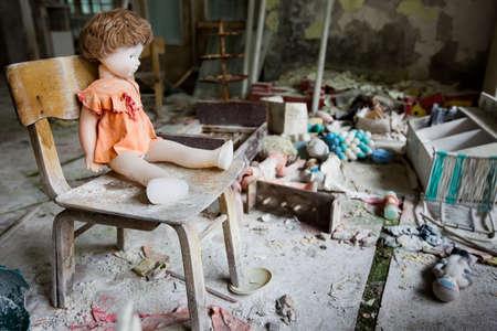 Kindergarten in Chernobyl area. Lost city Pripyat. Modern ruins. Ukraine. Kiev region. 스톡 콘텐츠