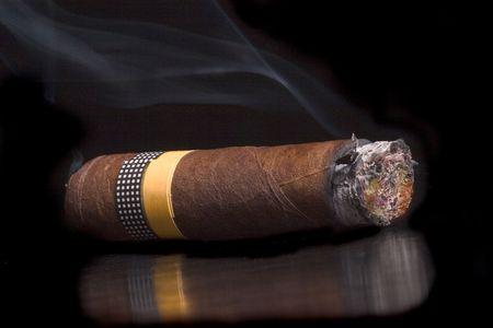 cancerous: cigar Stock Photo