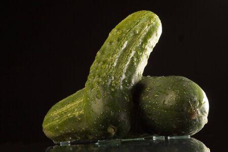 nutriments: wet green cucumber