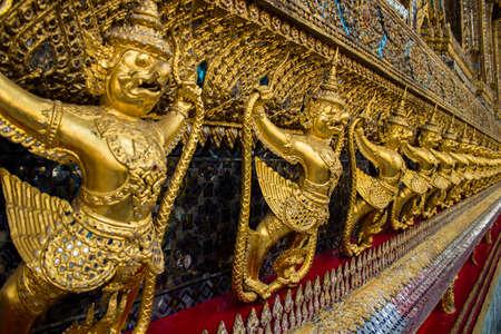Bird of Thai art in Thai temple Stock Photo - 17381907