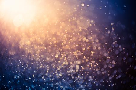 Jahrgang Bokeh Lichter Hintergrund. Licht Gold und Schwarz. defokussiert. Standard-Bild - 57953643