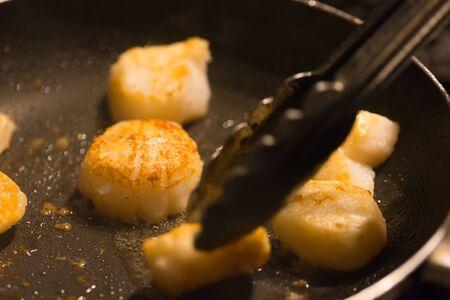 petoncle: viande de pétoncle grillé close-up