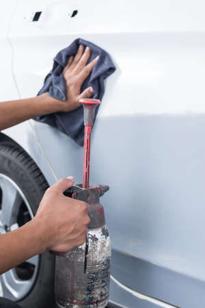 Auto body repair series : Cleaning surface