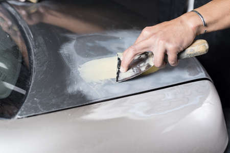 auto repair: Auto body repair series : Working on putty