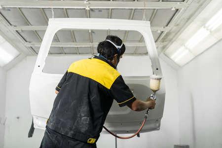 repaint: Auto body repair series : Repaint white car door