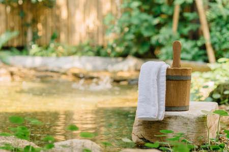onsen: Onsen series  : Wooden bucket