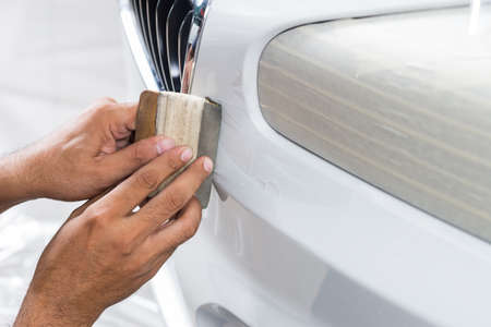 Paint protection film series : Installing paint protection film on white car
