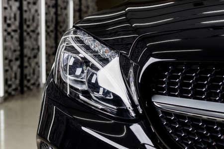 Samochód szczegółowo serii: Czyste czarne reflektory samochodowe