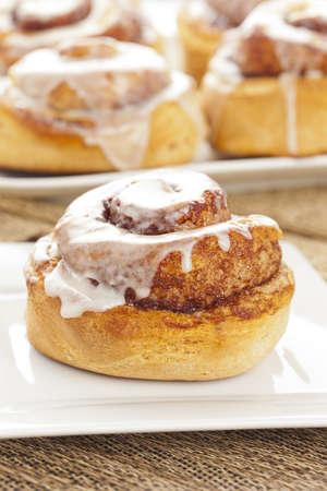 buns: Fresh Homemade Cinnamon Rolls hecho para el desayuno