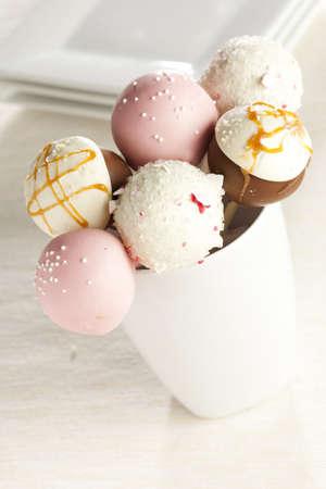 cake ball: Homemade Gourmet Cakepops ready to be served