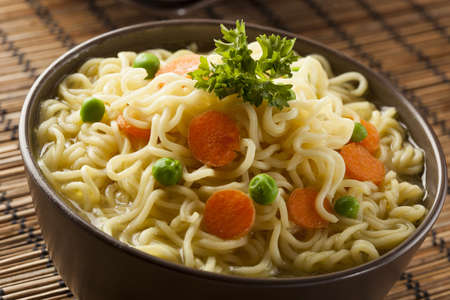 instant ramen: Homemade Quick Ramen Noodles with carrots and peas