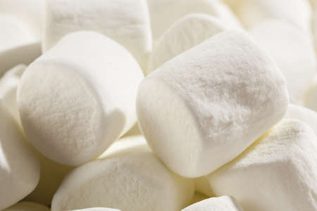 Delicious White Fluffy Round Marshmallows ready to eat Stock Photo - 18582009