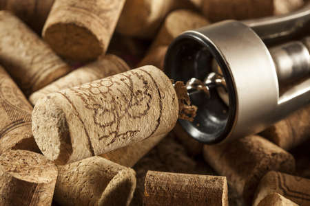 vino: Rustic Brown Wine Corks in a large group