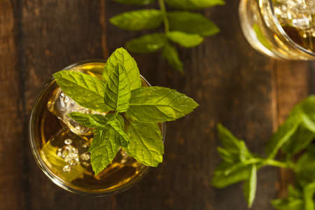 Homemade Gourmet Fresh Mint Julep Alcoholic Cocktail Stok Fotoğraf