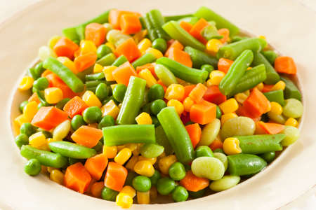 green bean: Steamed Organic Vegetable Medly  with Peas, Corn, Beans, and Carrots