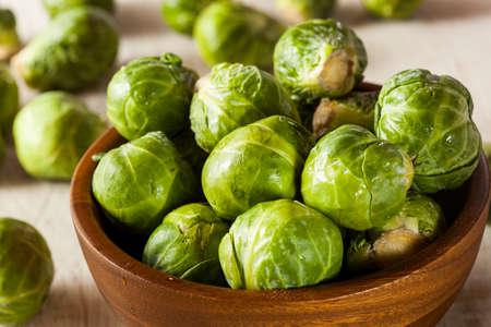 有機緑色芽キャベツ料理ができて 写真素材