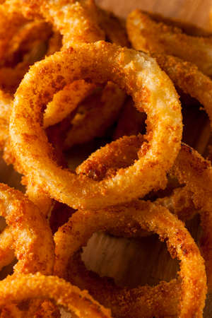 onion rings: Homemade Crunchy Fried Onion Rings with Ketchup