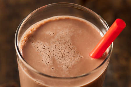 chocolate shake: Refreshing Delicious Chocolate Milk with Real Cocoa