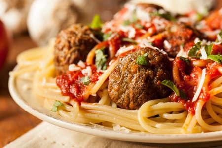 marinara: Homemade Spaghetti and Meatballs Pasta with Basil and Marinara