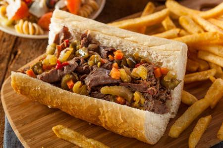 Hearty Italian Beef Sandwich with Hot Giadanarra Peppers Banco de Imagens - 26214494