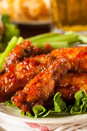 alitas de pollo: Barbacoa Buffalo Chicken Wings como aperitivo