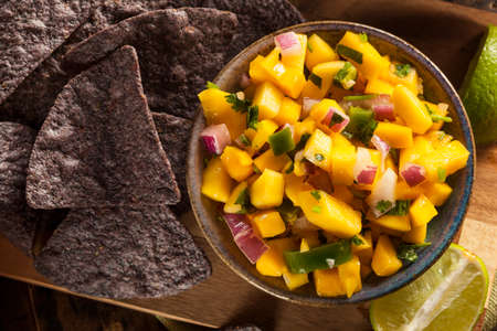 chips and salsa: Fresh Homemade Mango Salsa with Corn Chips