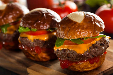 sliders: Homemade Cheeseburger Sliders with Lettuce Tomato and Cheese