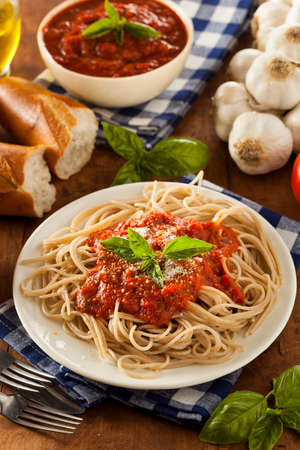 marinara: Homemade Spaghetti with Marinara Sauce and Basil