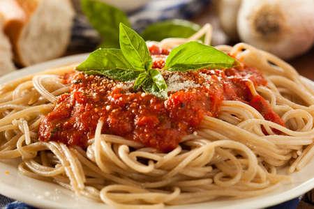 marinara: Homemade Spaghetti with Marinara Sauce and Basil