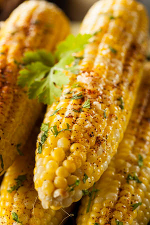 elote: Deliciosa la parrilla de maíz mexicano con chile, el cilantro y lima