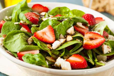 有機健康イチゴ バルサミコ サラダほうれん草